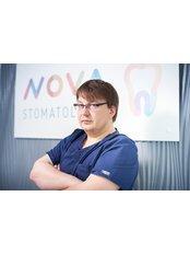 Dr Adam Dabrowski - Dentist at NOVA STOMATOLOGIA