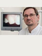 Implantom Tomikowscy - ul. Tymienieckiego 16D/U1, Łódź, 90365,