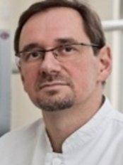 Implantom Tomikowscy - ul. Tymienieckiego 16D/U1, Łódź, 90365,  0