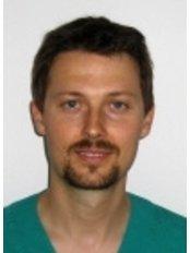 Dr Bartosz Niedziólka -  at RoyalMed