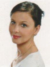 Ms Aleksandra Swistelnicka - Dentist at Dr Gajda Dental Clinic