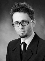 Mr Kamil Irla - Dentist at Dr Gajda Dental Clinic