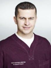 Dr Lukasz Drejarz - Dentist at Stomatologia Mierzyn