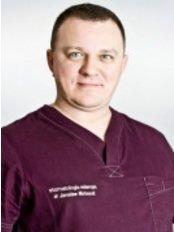 Dr Jaroslaw Matuszak - Dentist at Stomatologia Mierzyn