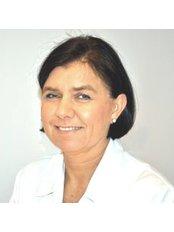 Dr. Agnieszka Frelek - Zahnärztin - Bellesa-Med