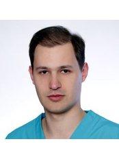 Dr. Dominik Prus - Zahnarzt - Bellesa-Med
