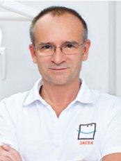 Dr. Jacek Dawidowicz - ul. Waryńskiego 9/23 VIIp, Warschau, 00655,  0