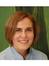 Dr Magdalena Brylka - Doctor at Komplet Przychodnia Stomatologiczna