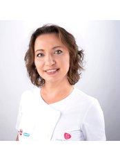 Dr. Anna Rutkowska - Zahnärztin - Silver Dental Clinic