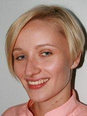 Magdalena Chwoinska - Zahnärztin - Denta Wellmed