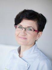 Dr. Agnieszka Przado - Mlynska - Zahnärztin - Dental Corner