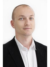 Radoslaw Pawlowski - Hilfskrankenpfleger - HealthTravel Breslau