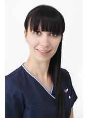 Dr. Anna Rózalska - Zahnärztin / Praxispartnerin - HealthTravel Breslau