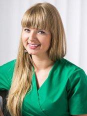 Dr. Joanna Zawirska -  - Twój Stomatolog