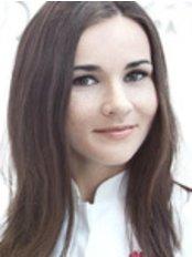 Dr. Catherine Lesniowska - Zahnärztin - Unident Union Dental Spa