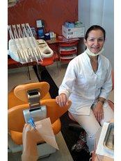 Dr Katarzyna Kusmierczyk - Orthodontist at Romadent - Gabinety Stomatologiczne
