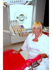 Dr Roma Gorgon - Dentist at Romadent - Gabinety Stomatologiczne