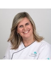 Dr Daniela Hollanda Alves - Orthodontist at Previdente Clinica Dentaria Unipessoal