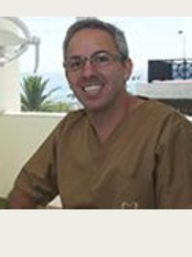 Alinea Premium Oral Care - Avenida de Saboia, 159 A, Monte Estoril, 2765278,