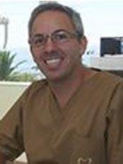 Alinea Premium Oral Care - Avenida de Saboia, 159 A, Monte Estoril, 2765278,  0