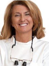Dr Paula Sequeiros -  at Dra Paula Sequeiros