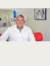Implante Vital Clinica Dentaria - Estrada de Benfica, 729, 1º esq, Lisboa, 1500089,