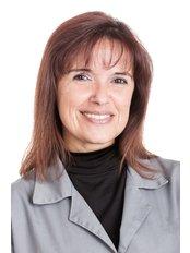 Ms Isabel Nascimento - Dental Nurse at Vita Centro Implantologia Lisboa