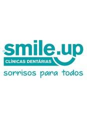 Smile.Up - Lagoa - Largo Miguel Bombarda, Nº 2 R/chão, Lagoa, Algarve, 8400  347,  0