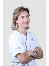 Dr Luciana  Camargo - Dentist at Previdente Dental Clinic
