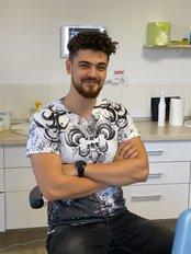Mr Gabriel  Talaat  Gavrila Rezk - Dentist at Clinica Implant Eladent