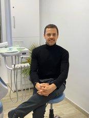 Mr Mircea Traian Ungureanu - Dentist at Clinica Implant Eladent