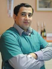 Dr Imran Haider - Orthodontist at Clinica Implant Eladent