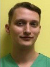 Dr Vlad Hortopan - Dentist at Diagno-Med