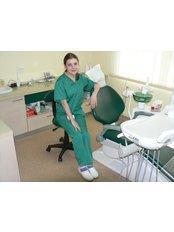 Dr Adriana Hanes - Dentist at Bote-San Clinique