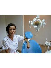 Dr Camelia Goron - Dentist at Bote-San Clinique