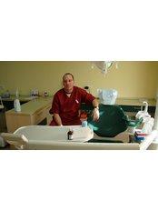 Dr BogdanBotezan-medical manager - Dentist at Bote-San Clinique
