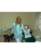 Dr Diana Bodea - Dentist at Bote-San Clinique