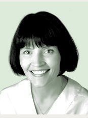 SMILE Dental Clinic - Dr Mihaela Gagea