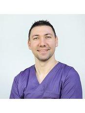 Mr Adrian Constantin -  at MedicalTours