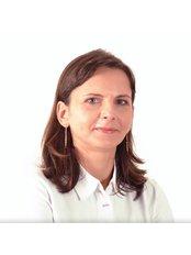 Dr. Emese Markovics - Dentist at Pomadent