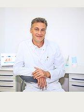 Dental Clinic Dent OLS - Veskovskiy per., 3, Moskva, 125047,