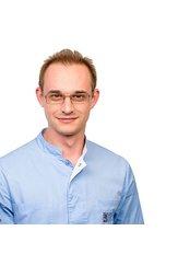 Dr Dmitriy RYABOV - Dental Therapist at Dental Clinic of European Medical Center