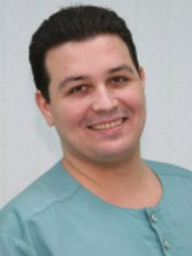 Dr Alaverdov Vladimir Pavlovich - Oral Surgeon at Dial-Dent Dental Clinic