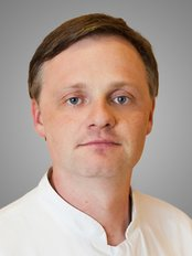 Dr Andrew Albertovich Pastyan -  at Group Clinics Center for Aesthetic Dentistry - Center for Implantology