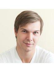 Dr Alexander Zaitsev - Surgeon at Naudent-Mitino