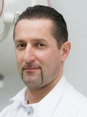 Dr Emir Ramizovich Omerelli - Oral Surgeon at Simpladent - m. The proletarian