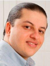 Dr Simanovskiy Roman Leonidovich - Dentist at Vit Art Dental Clinic