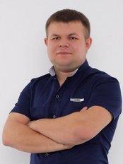 Dr Roman Viktorovich Dashkevich - Dentist at Art Dental
