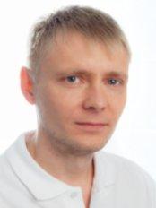 Dr Pavel Komarov - Dentist at Dental Clinic ReniDent-Kolpino