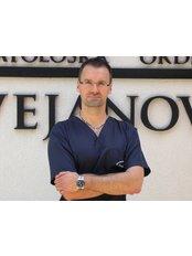 Dr Srdjan Cvejanovic - Oral Surgeon at Cvejanovic